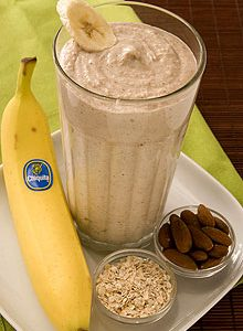 Resep Sarapan Oatmeal Chocolate Almond Smoothie